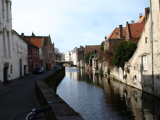 Bruges, Belgium: Another bridge on another canal