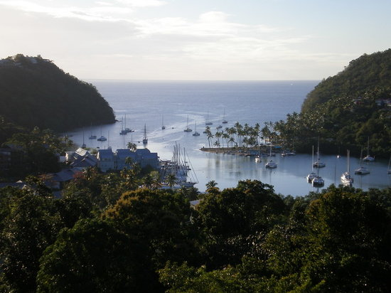 Baie de Marigot, Sainte-Lucie : View over Marigot Bay 