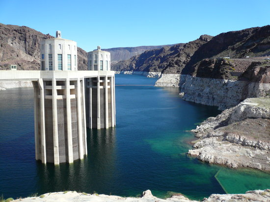 Hoover Dam: View of Lake Meade
