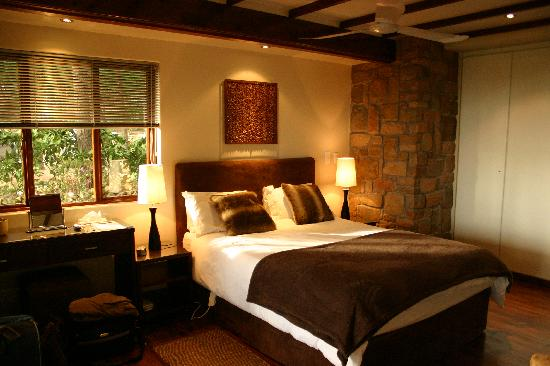 Beautiful rooms picture of lalapanzi lodge sir lowry 39 s pass tripadvisor - Beautifull rooms ...