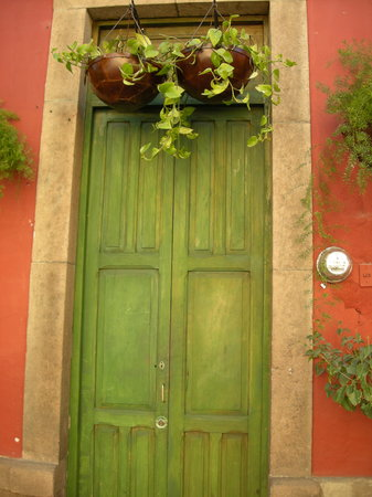    , : Mexican doorways