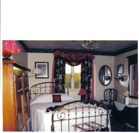 Pikeville, TN: Our Sweetheart Room