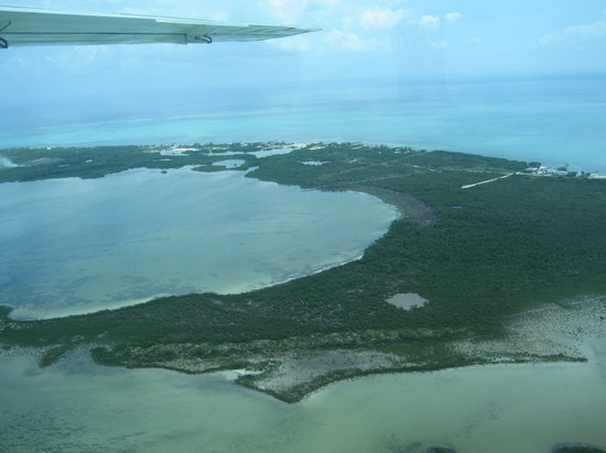 Ambergris Caye, Belize : Aerial view of the Belize cayes 