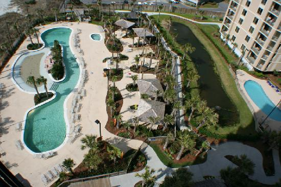 Hilton Myrtle Beach Resort: Balcony View of Hilton Pools