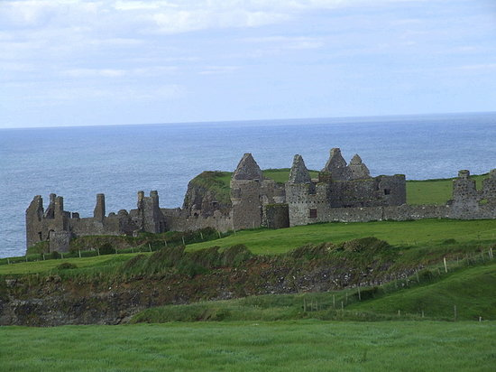 Portrush, UK: Dunluce Castle