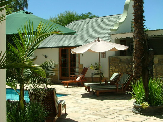 Tonquani Oudtshoorn Cottages
