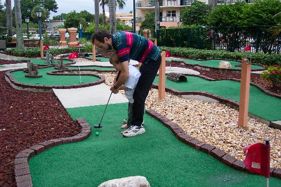 Wyndham Palm-Aire: putt putt golf