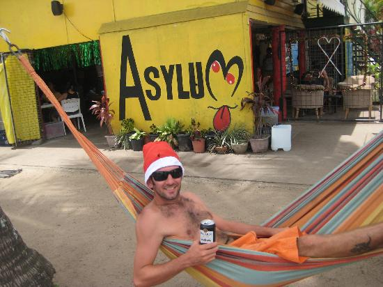 Asylum Cairns Backpacker Hostel: Natale a cairns
