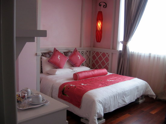 ORCHID HOTEL: Romantic room