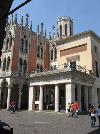 Padua, Italy: Pedrocchi&#39;s