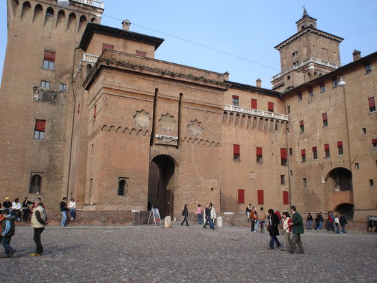 Ferrara, Italie : The castle 