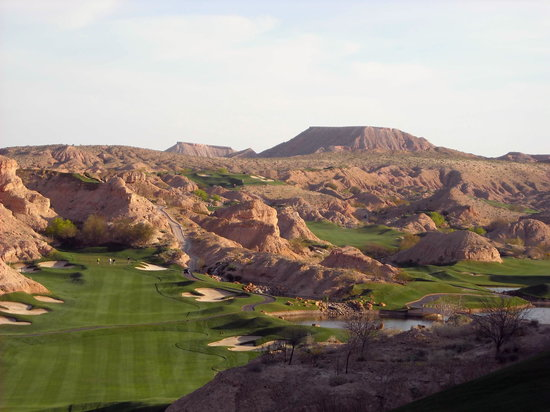 Wolf Creek Golf Club: Worl Creek - view from 1st tee
