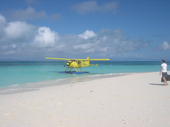 Palm Cove, Australia: seaplane
