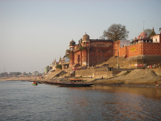 http://media-cdn.tripadvisor.com/media/photo-s/01/0f/9d/4e/ganges-morning.jpg