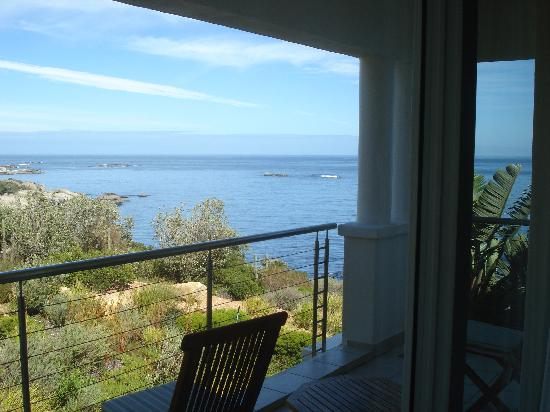 The Twelve Apostles Hotel and Spa: View to the ocean&#39;s side