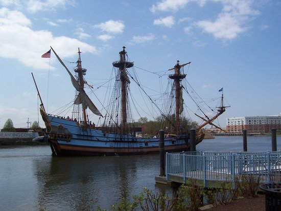 Wilmington, DE : watch a replica of the Swedes' ship sail by as you lunch at Timothy's
