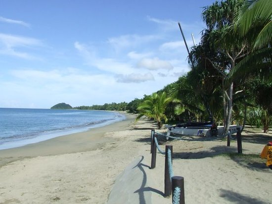 Pacific Harbour, Fiji: Beach