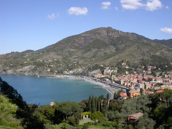 View over bay and Levanto from hike to Monterosso