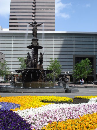 Cincinnati, OH: Fountain Square and the Flower Carpet