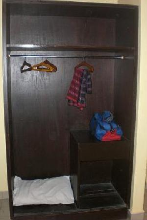 Tanjung Bidara Beach Resort: cupboard without door- weird