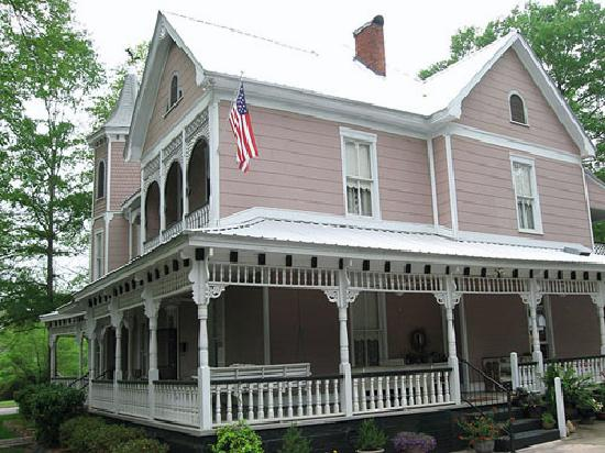 Photo of McKibbon House Bed & Breakfast Inn Montevallo