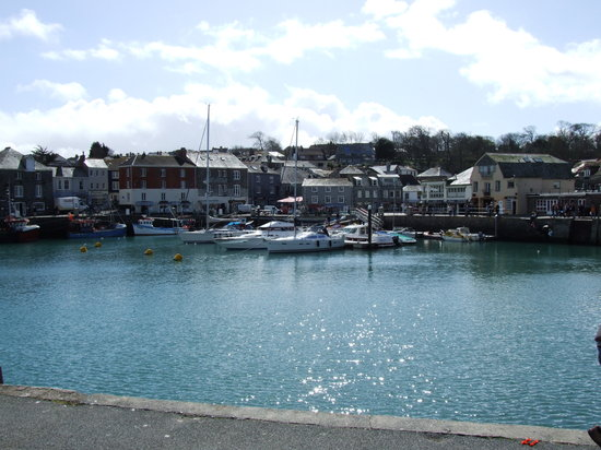 Padstow, UK: Estuary in the sun