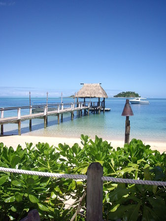 Malolo Island Resort : view from beach bar