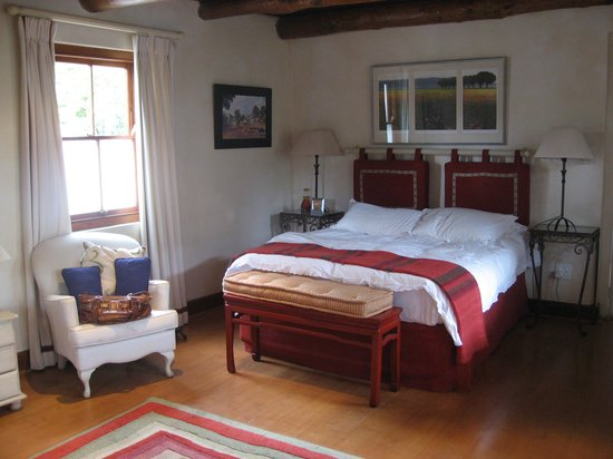 The Garden House: Inside the cottage