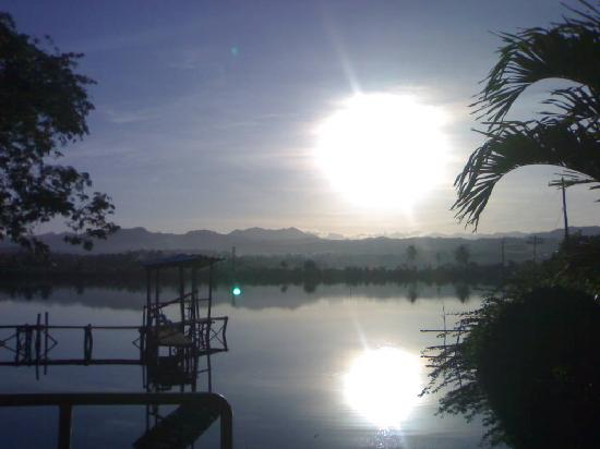 Mindanao, Filipinas: Sunrise...