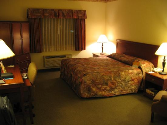 La Quinta Inn &amp; Suites Louisville Airport &amp; Expo: Room, 1st view