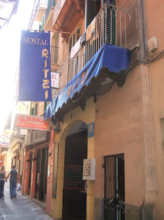 Hostal Ritzi