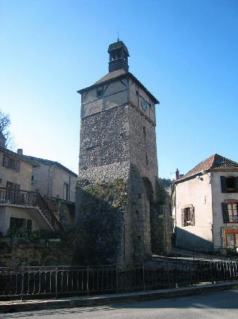 Auvergne, Frankreich: Chateldon Clocktower