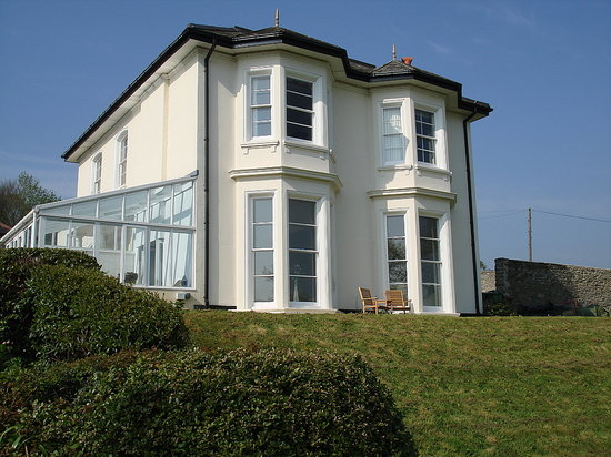 Velwell House Bed & Breakfast