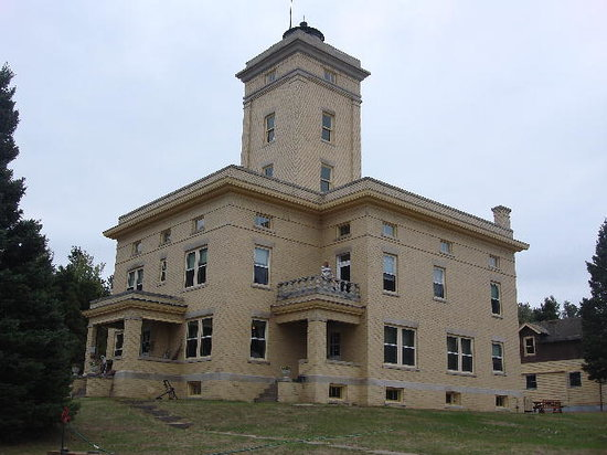 Sand Hills Lighthouse Inn