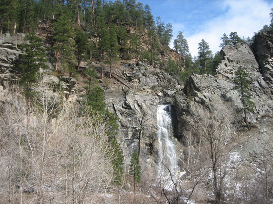 Hill City, Dakota du Sud : Bridal Falls on Scenic Road 