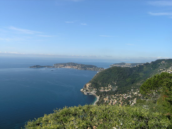 ‪‪Èze‬, فرنسا: View from the restaurant terrace‬