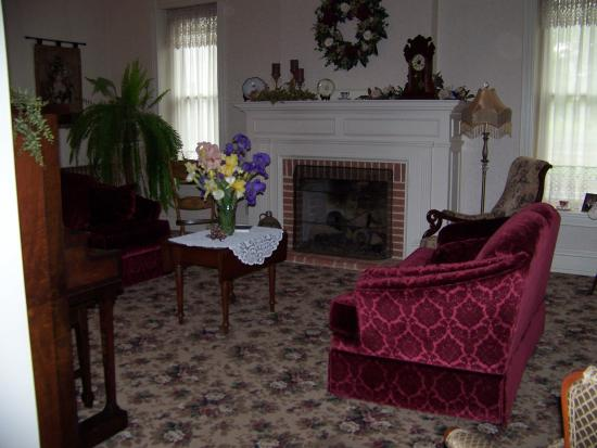 Photo of Country Gardens Farm Bed and Breakfast Mount Joy
