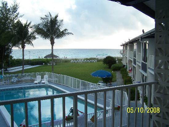 Holmes Beach, FL: View from our balcony