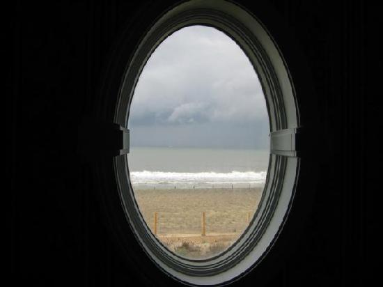 The Addy Sea: Porthole in room