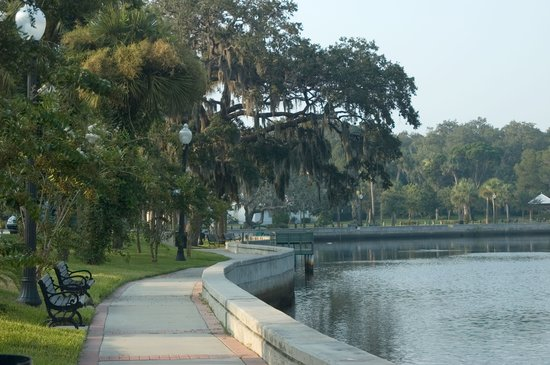 The scenic Cotee River winds through downtown New Port Richey past historic homes.