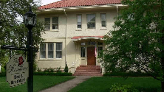 The Residence Bed and Breakfast: Front View