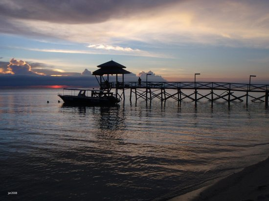 Sandakan, Malaysia: Turtle Islands: Beautiful sunset at Selingaan