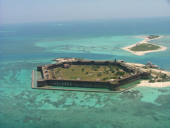 Parc national de Dry Tortugas, Floride : Arriving by air April 2007