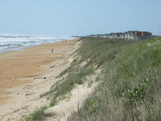 Hampton Inn & Suites Outer Banks/ Corolla: beach at the hotel