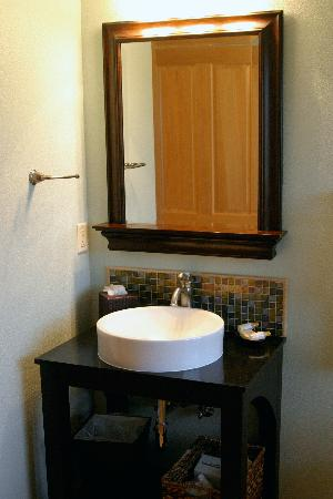 Bathroom Sink Vanities on Bathroom Sink   Vanity