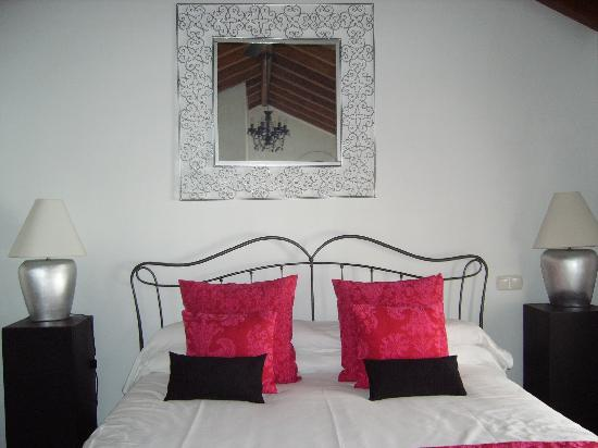 Hotel Palacio Blanco: Our Stylish & Comfortable Room