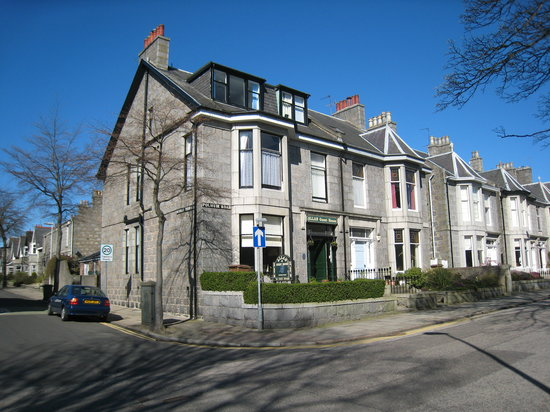 Allan Guesthouse