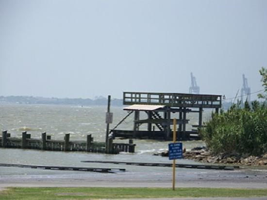 View from sylvan park beach picture of la porte texas for What to do in la porte tx