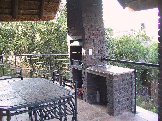 Limpopo Province, Afrika Selatan: The braai area of the chalet