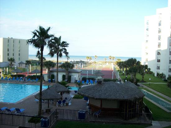 Royale Beach and Tennis Club: View from balcony